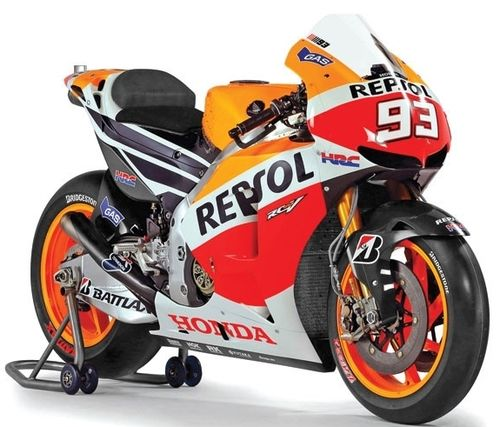 HONDA RC213V MARC MARQUEZ WORLD CHAMPION MOTOGP 2013 1/12