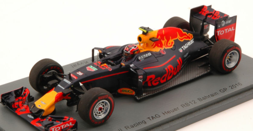 RED BULL RB12 D.KVYAT 2016 N.26 7th BAHRAIN GP 1:43