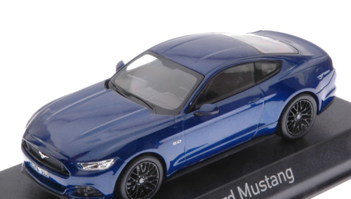 FORD MUSTANG FASTBACK 2015 BLUE METALLIC 1:43